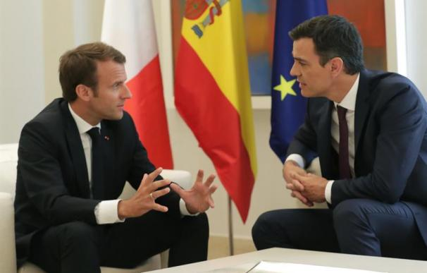 Pedro Sánchez y Emmanuel Macron.