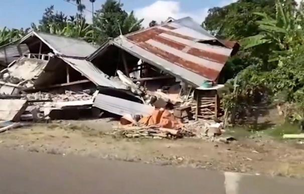 Un terremoto de 6,4 sacude la isla de Lombok en Indonesia