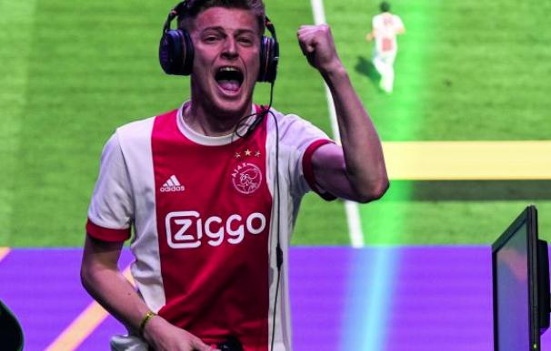 Fotografía de Dani 'Dani' Hagebeuk, uno de los finalistas de la FIFA eWorldCup.