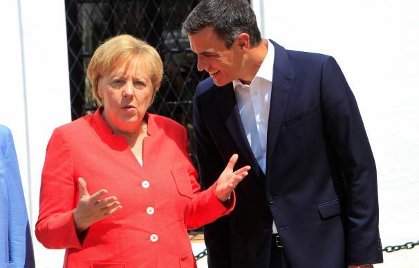 Merkel y Sánchez, al comienzo de la reunión.