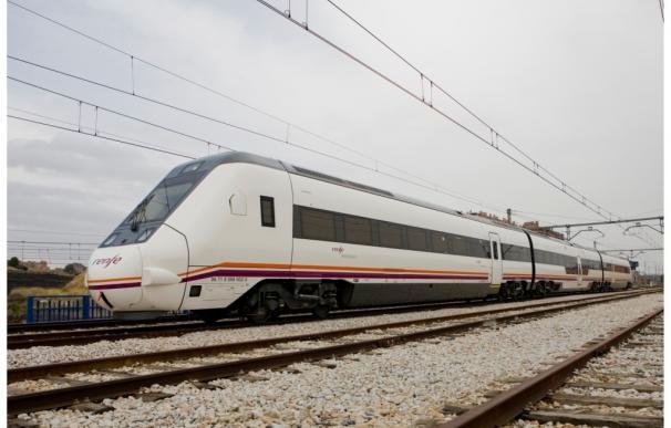 Renfe asegura que sus trenes evitaron la circulación de más de 4,8 millones de coches, 18.300 camiones y 500 aviones