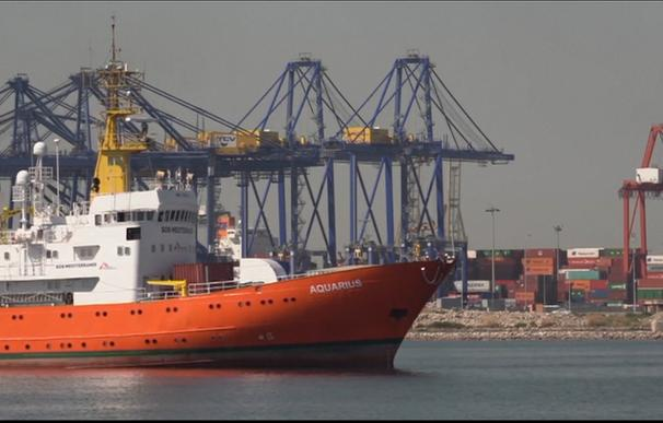 España acogerá a 60 migrantes del Aquarius