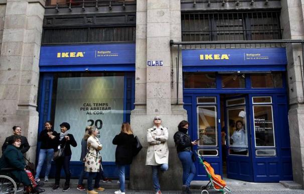 Tienda efímera de IKEA en el Born, Barcelona. / EFE