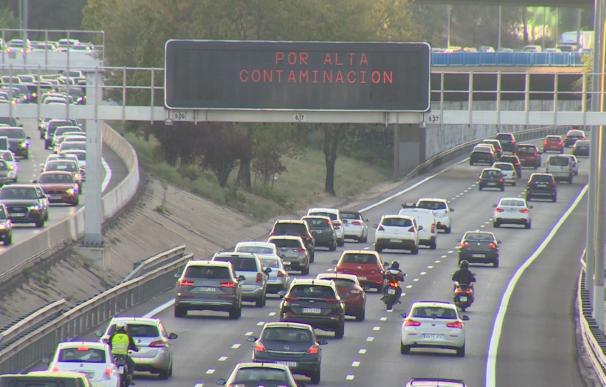 Madrid activa protocolo contaminación y limita velocidad M-30