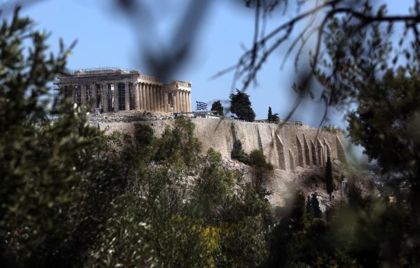 Grecia sale del rescate