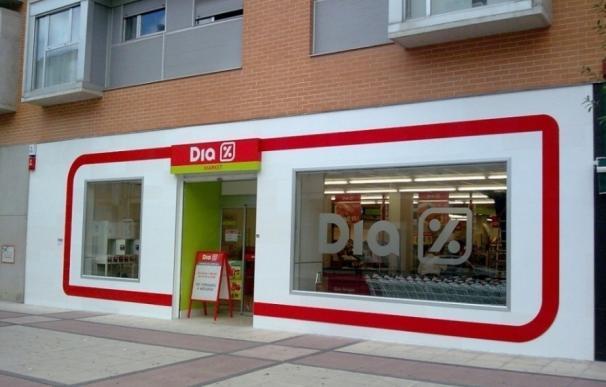 Supermercados Dia abre tres franquicias en Barcelona y una en Tarragona