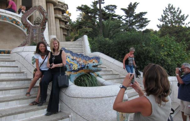 Los turistas que viajen a Cataluña pagarán una nueva tasa de entre 1 a 3 euros según la categoría del hotel