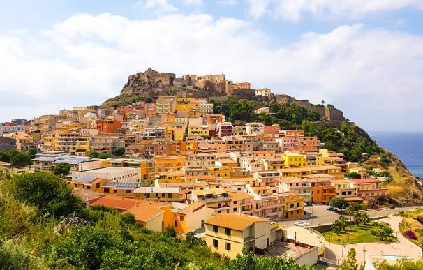 Fotografía del municipio de Castelsardo en Cerdeña.