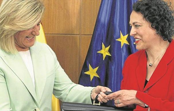 Imagen traspaso cartera Báñez a Valerio / EFE