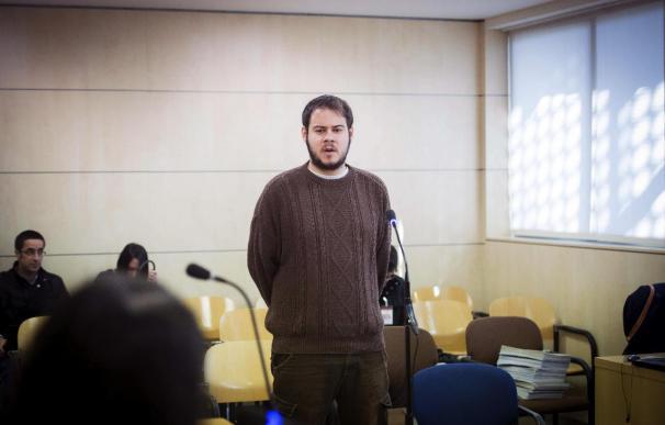 Rapero Hasél niega ensalce terrorismo y apela a la libertad de celebrar muertes