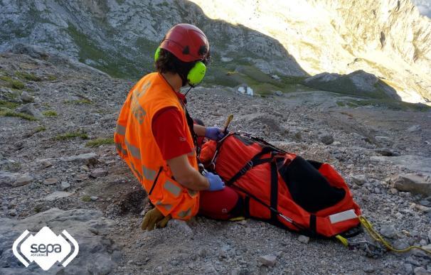 Imagen de una intervención anterior del Grupo de Rescate con el helicóptero medicalizado del SEPA