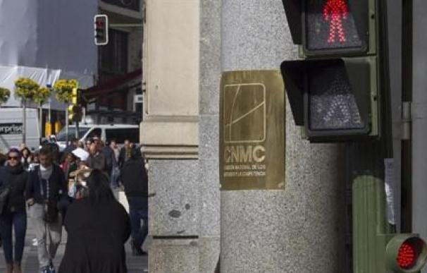 Alerta por el bono social: la CNMC pide una moratoria para evitar subidas de luz