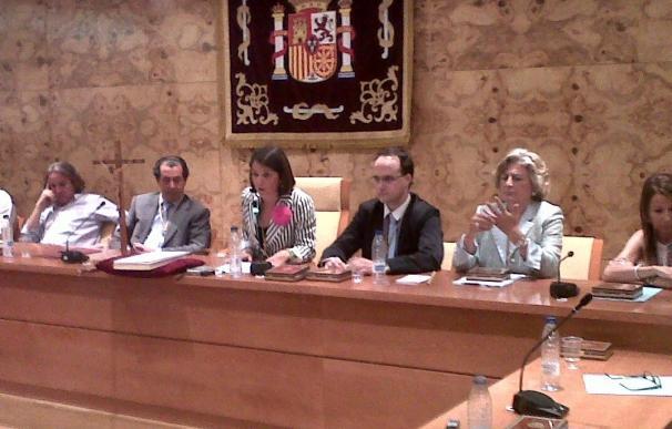Elena Biurrun, de Vecinos por Torrelodones, es nombrada alcaldesa con el apoyo de PSOE y acTÚa