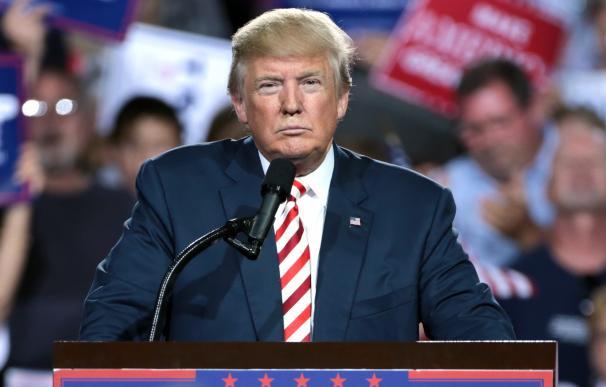 Fotografía del presidente de los Estados Unidos Donald Trump.