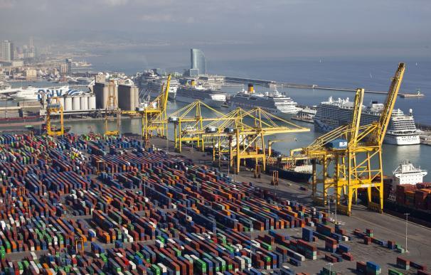 Puerto de Barcelona (archivo)
