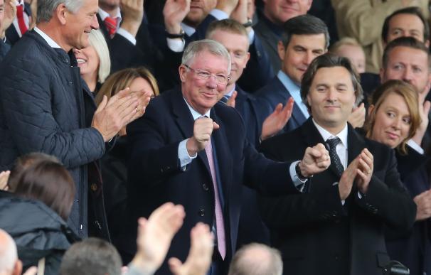 Ferguson regresa a Old Trafford tras su grave operación (EFE/EPA/NIGEL RODDIS)