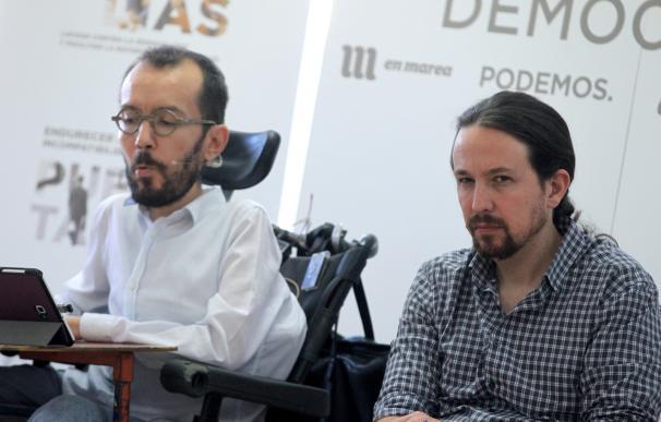Fotografía Pablo Iglesias y Pablo Echenique / EFE