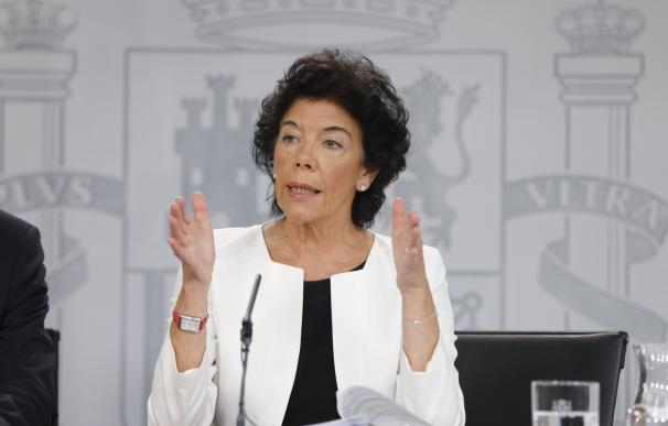 Rueda de prensa tras el Consejo de Ministros, con Isabel Celaá
