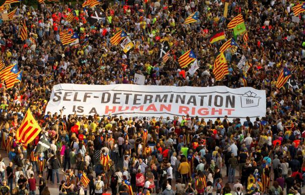 Lema que los manifestantes han exhibido por las calles de Barcelona.