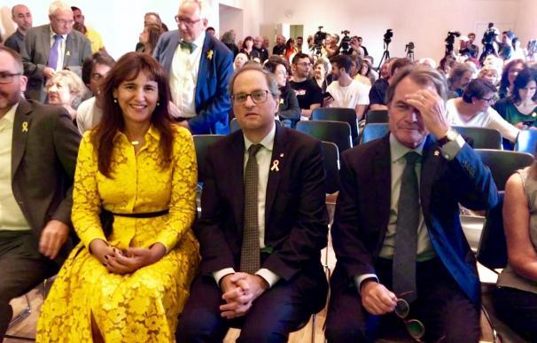 Torra, junto a Artur Mas en la presentación de la exposición.