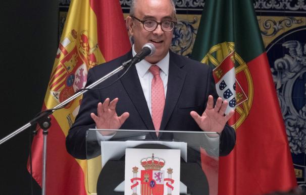 El exministro de Defensa de Portugal, José Alberto de Azeredo Ferreira Lopes, durante un acto en la localidad onubense de Ayamonte hace unos días.EFE / Julián Pérez