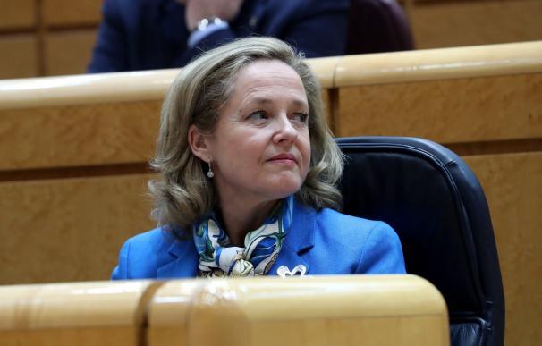 La ministra de Economía Nadia Calviño, durante la sesión de control al Gobierno en el Pleno del Senado. EFE/ Zipi