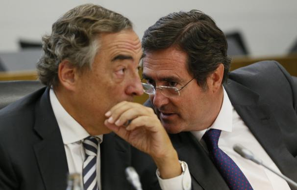 El presidente de CEOE, Juan Rosell, y el de CEPYME, Antonio Garamendi.