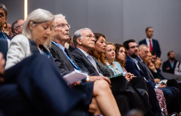 Isidro Fainé junto a la ministra Calviño este jueves en Palma