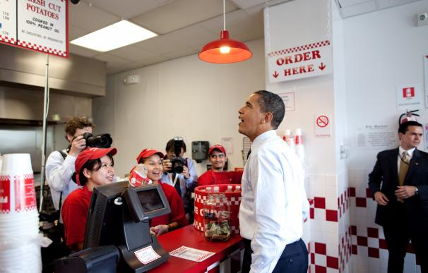President Obama orders lunch at Five Guys in Washington, D.C. during an unannounced lunch outing May 29, 2009. (Official White House Photo by Pete Souza)