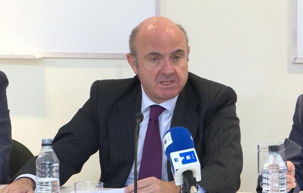 Guindos insta a continuar con las reformas financieras