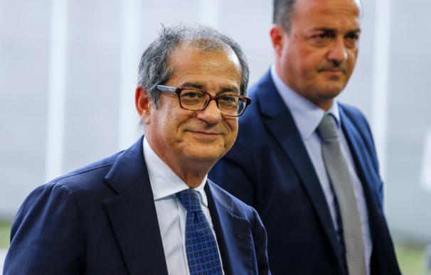El ministro de Economía italiano, a su llegada al Eurogrupo.
