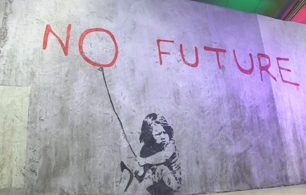 Imágenes de la exposición que recoge obras de Banksy en Bruselas