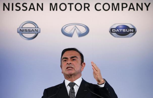 Ghosn admite que el coche eléctrico se desarrollará más lento de lo previsto