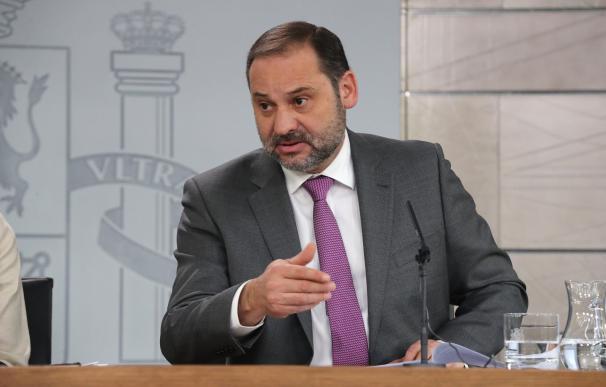 El ministro de Fomento, José Luis Ábalos, será el invitado a la gala de los premios Líderes.