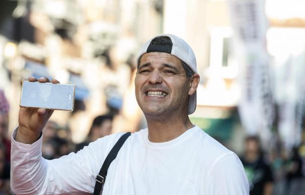 Frank Cuesta renueva con Discovery Max y viajará por primera vez a África