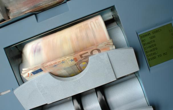 Fotografía de billetes de 50 euros impresos.
