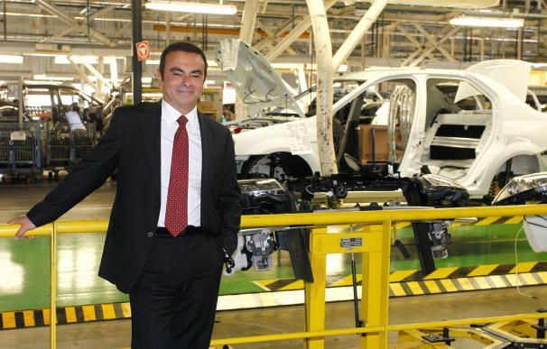 Carlos Ghosn presidirá Mitsubishi Motors tras la entrada de Renault-Nissan en su capital