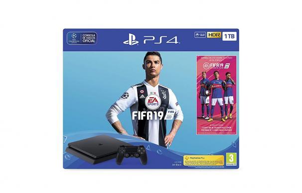 Fotografía de la PS4 más FIFA 19.
