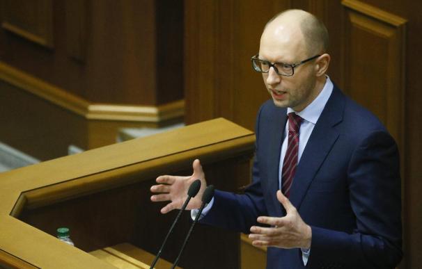 Yatseniuk asume la jefatura del nuevo Gobierno de Ucrania