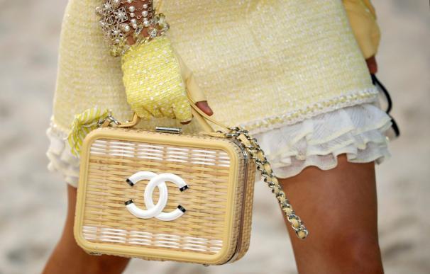 El lujo se rinde ante la venta online y las redes sociales