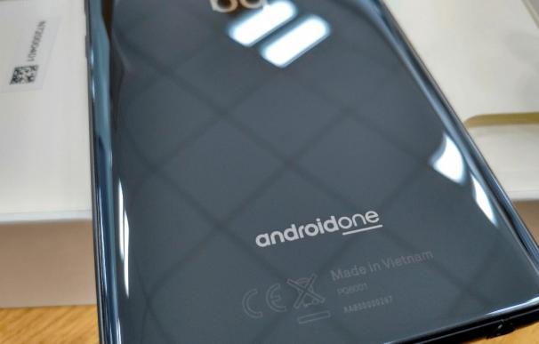 BQ fabricará los smartphones de la vietnamita Vingroup