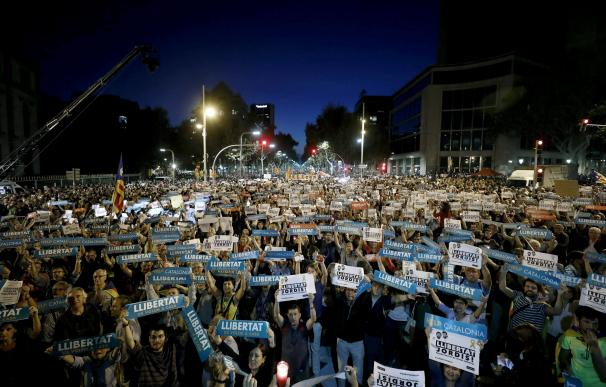 Protesta por la encarcelación de Sánchez y Cuixart