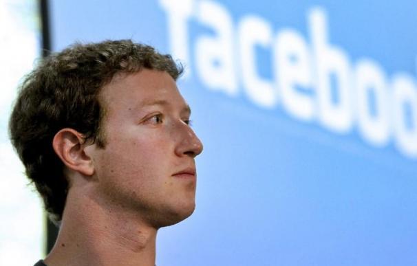 Zuckerberg vive uno de sus años más negros al frente de Zuckerberg