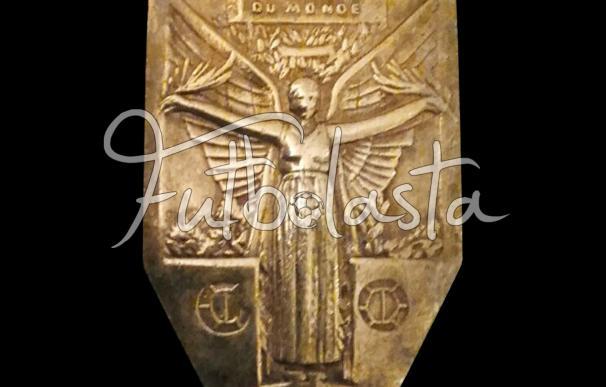 La medalla de bronce de Adelino Billy Gonsalves (Fútbolasta)