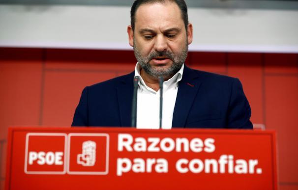 Ábalos no ha descartado la dimisión de Díaz.