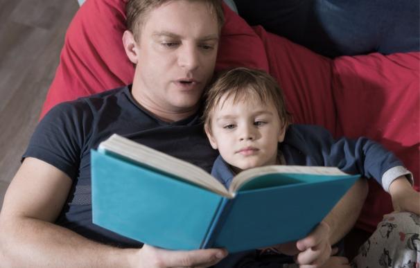 ¿Son Recomendables Los Cuentos Que Se Leen A Los Niños?