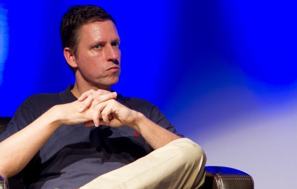 Peter Thiel / Kenneth Yeung - www.snapfoc.us