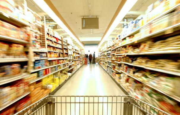 Interior de un supermercado