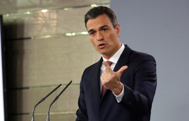 El presidente del Gobierno, Pedro Sánchez, durante la rueda de prensa en el Palacio de La Moncloa. EFE/Ballesteros