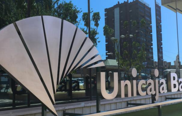 Unicaja y Liberbank confirman que estudian una fusión